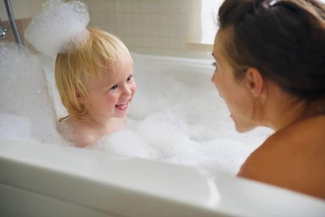 Сухая и шершавая кожа у ребенка: почему шелушится кожа, лечение сухой кожи у детей