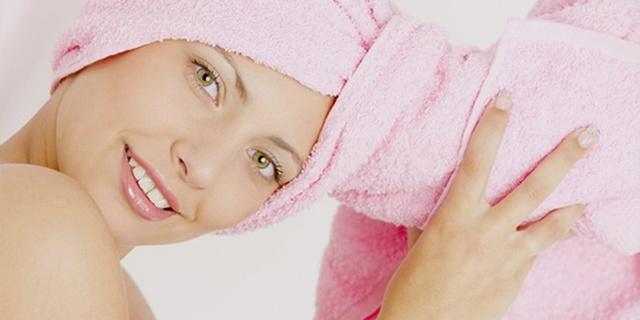 Как мыть голову без шампуня: средства для мытья головы, мытье головы яйцом, содой, алоэ