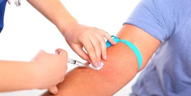Как правильно делать забор крови из вены: правила инъекции