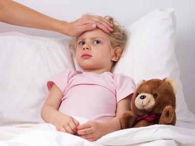 Ребенок ослаб после тошноты из-за ротовируса, это нормально?