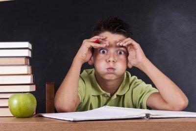 Лунатизм у детей: причины, лечение, что делать родителям при сомнамбулизме