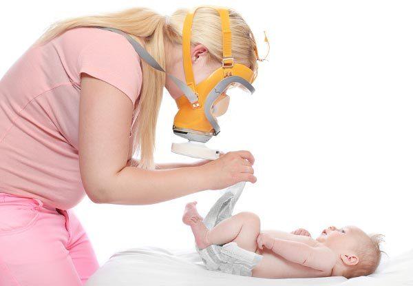 Чем помочь до прихода врача ребенку, если у него понос?