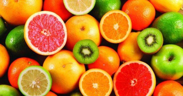 Какие фрукты можно и нужно включать в рацион при грудном вскармливании малыша?