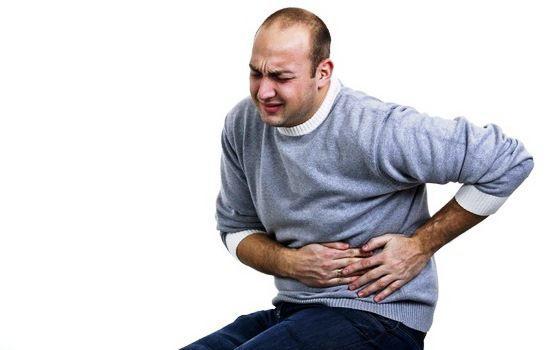 Почему возникает колющая резкая боль в левом боку?