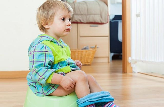 Чем помочь ребенку при продолжительной диарее?