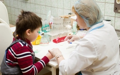 Повышены тромбоциты в крови у ребенка : что это значит, причины повышенных тромбоцитов у ребенка