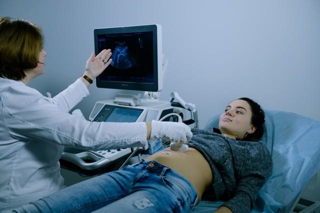 Нарушение менструального цикла: причины, лечение, причины задержки месячных