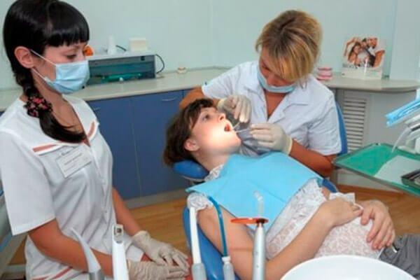 Заморозка зуба: как делают заморозку, сколько отходит заморозка, заморозка зуба при беременности