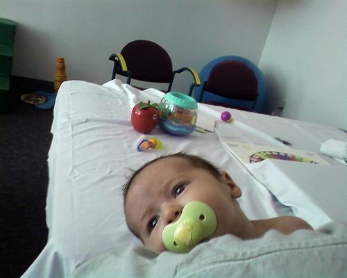 Кривошея у грудничков: симптомы, лечение, профилактика кривошеи у новорожденных