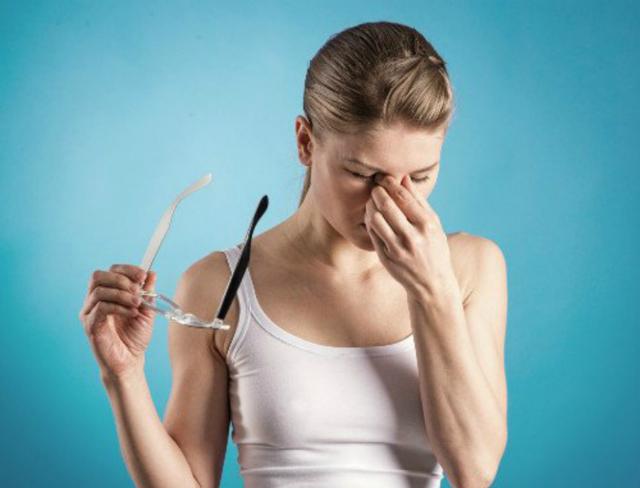 Предобморочное состояние и головная боль: что делать
